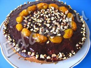 Бисквитный торт облитный шоколадном