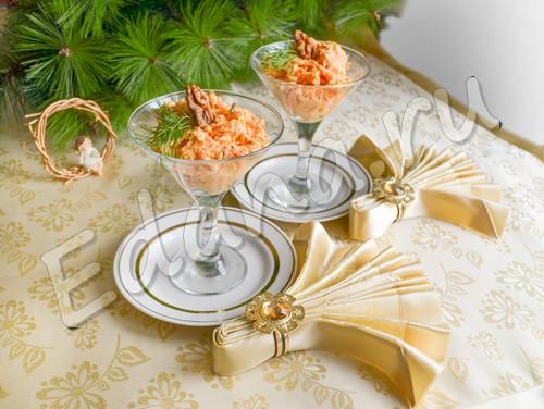 Салат из моркови с чесноком и сыром - рецепт с фото