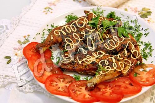 Цыпленок Табака на сковороде под прессом - рецепт с фото