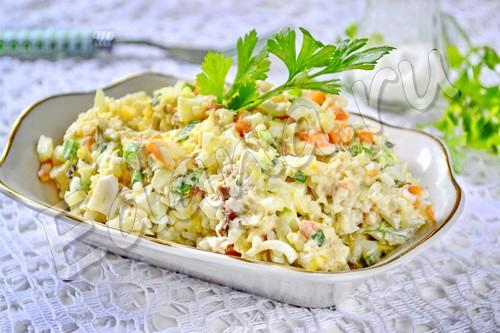 Салат с рыбой и рисом «Морское чудо»