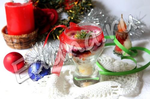 Салат «Шуба» с селедкой — завсегдатай праздничного стола