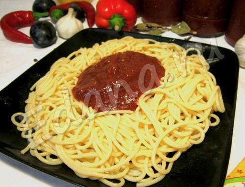Сливово-помидорный соус для спагетти (консервация)
