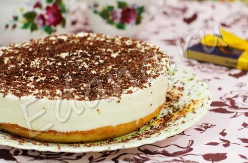Сырный торт на бисквитном корже