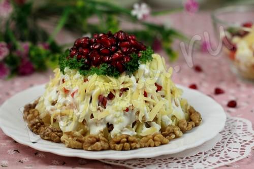 Салат «Красная шапочка» с гранатовыми зернами