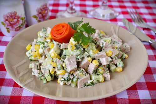 салат с кукурузой вареной