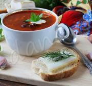 Борщ с красной фасолью, томат-пастой и свеклой