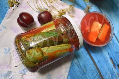 Огурцы с кабачками в томатно-сливовой заливке