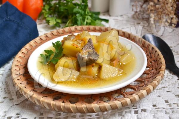 Картошка тушеная с печенью - рецепт с фото