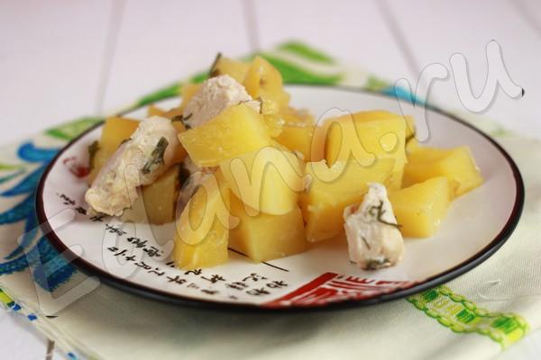 Картошка тушеная с куриным филе