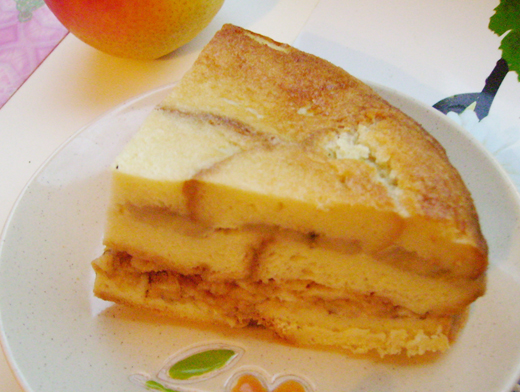 Хлебный пудинг с яблоком и бананом