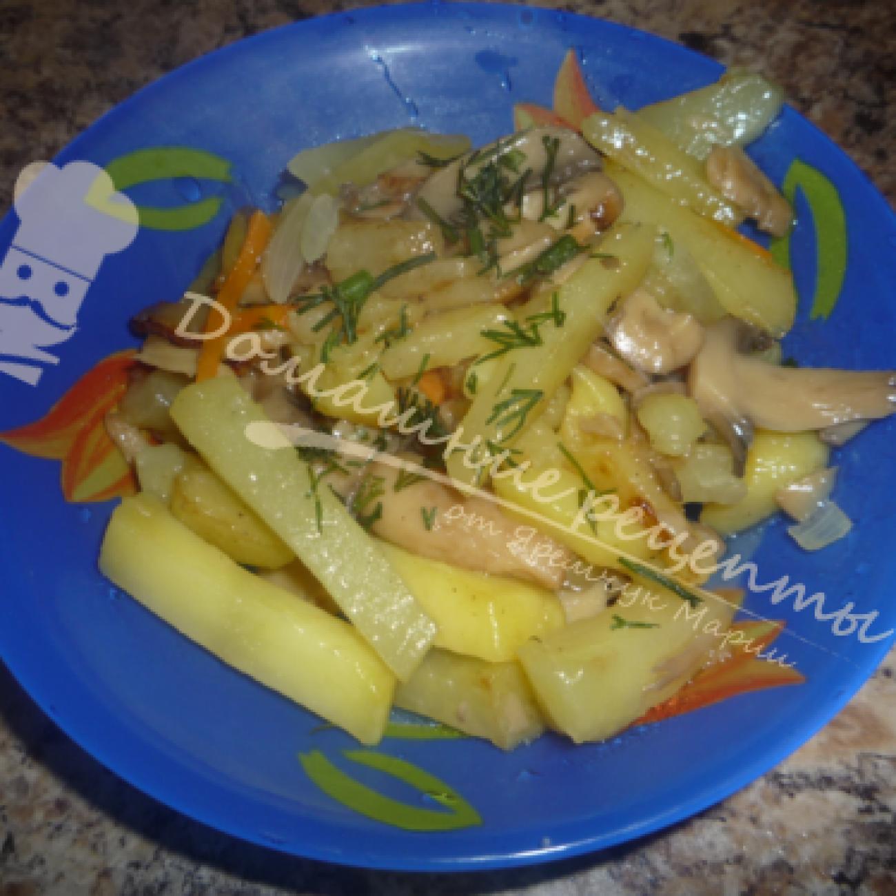 Жареная картошка с маринованными грибами