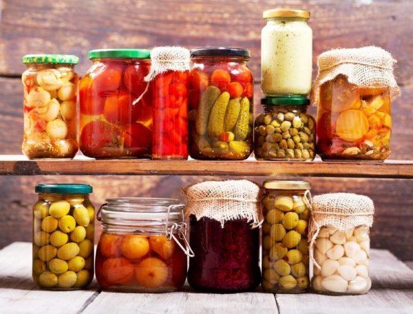 Как правильно хранить консервированные продукты