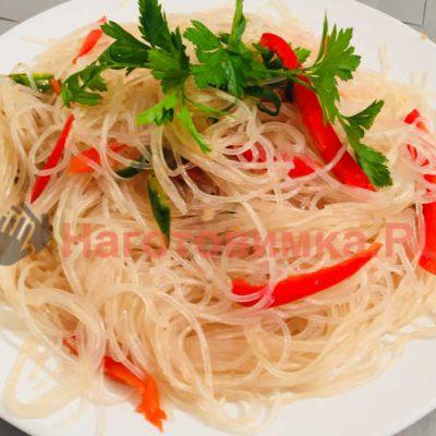 Как приготовить салат фунчоза с овощами в домашних условиях